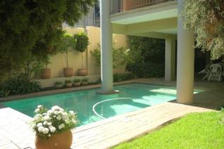1 Bedroom Apartment / flat to rent in Benmore Gardens - Sandton