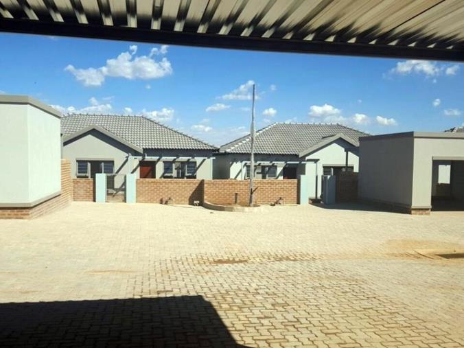 Property Development in Tasbet Park
