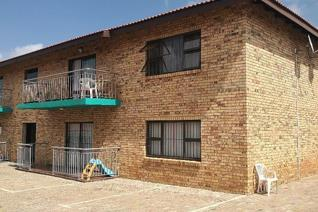 Luxury apartment for rent.  Full time night patrolling security- linked with ADT security.  Safe and secure.  Braai area.  Must be ...