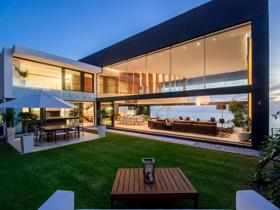 House - Cape Town