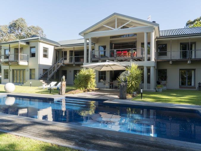 8 bedroom house for sale in bishopscourt - bishopscourt drive - p24