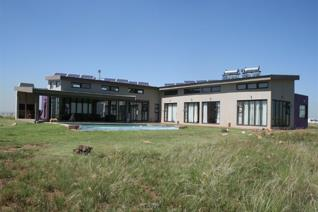 Game/cattle farm next to rhino/lion park.173 ha. An every day Perfect Getaway from the ...