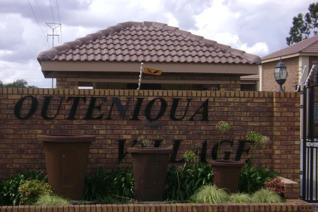 Very lovely Newly Renovated and upgraded property withing a newly upgraded Complex.  ...