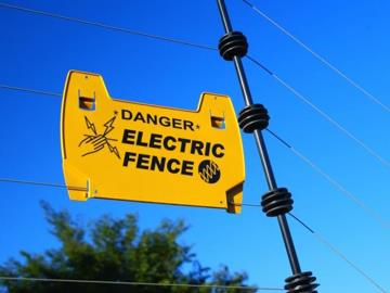 Electric fences 101 how to keep your home safe home for Home electrical 101