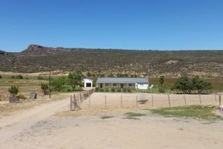 Farm +- 500 ha with a natural fountain for water supply and water rights on the bergriver water.  The nearest amenities can be found in ...