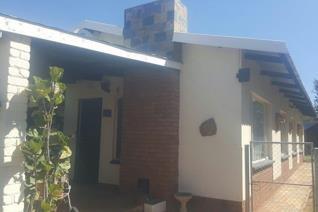 3 Bedroom House for sale in Dan Pienaarville - Krugersdorp
