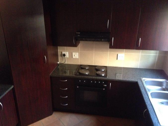 Listing number: P24-104138671, Image number: 1, Kitchen