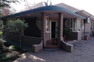 6 Bedroom House for sale in Vereeniging Central - Vereeniging