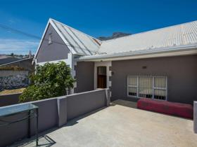6 Bedroom House For Sale In Walmer Estate
