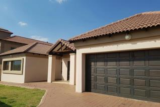 This perfect 3 bedroom home in Xanadu Eco Estate is available as from 1 December 2019.  ...