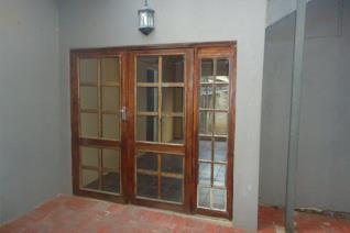 2 Bedroom 1 Bathroom  cosy garden apartment to rent  in Dan Pienaar