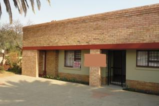 Commercial property to rent in Reyno Ridge - Witbank