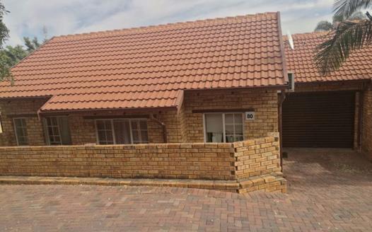 2 Bedroom Townhouse for sale in Safari Gardens