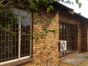 Townhouse - Bloemfontein