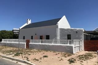 3 Bedroom House for sale in Paternoster - Paternoster