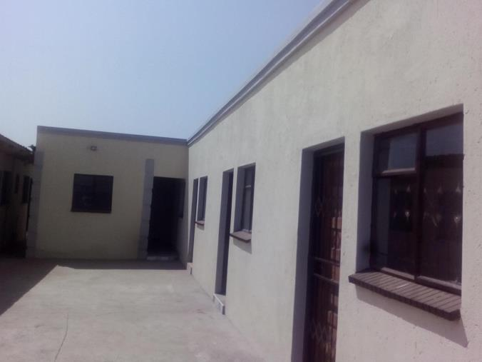 Rooms To Let In Soshanguve ex12 & 1 Bedroom House to rent in Soshanguve South - M20 Soshanguve South ...