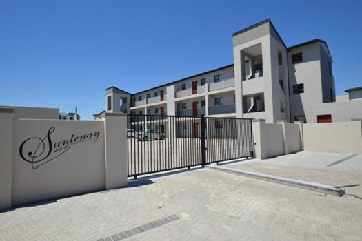 2 Bedroom Apartment / Flat for sale in Burgundy Estate