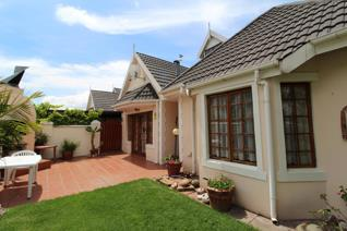 Well cared for and spacious Cottage in quiet suburb idealy suited for older couple or ...