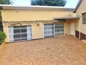 4 Bedroom House for sale in De Wetshof - Johannesburg
