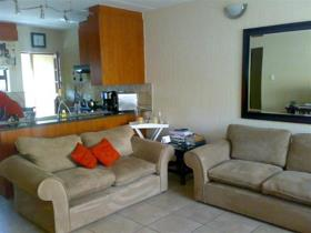 2 Bedroom Townhouse for sale in Three Rivers Proper - Vereeniging