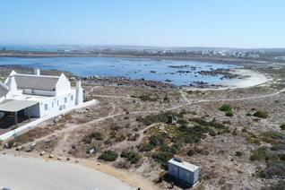 The very last North facing, right on the sea front stand in Toothrock, Jacobsbaai.  ...