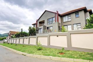 1 Bedroom Apartment / flat for sale in Little Falls - Roodepoort