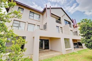 3 Bedroom Apartment / flat for sale in Little Falls - Roodepoort
