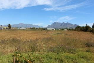 Great opportunity to own Commercial Property (Zoned: Industrial Zone I)  in the heart of the very popular new Industrial Hub of Paarl. ...