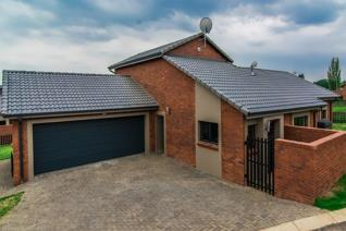 3 Bedroom House to rent in Barbeque Downs - Midrand