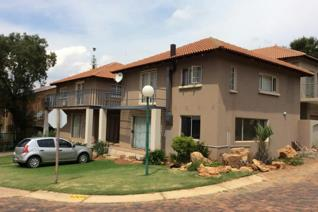 3 Bedroom Apartment / flat to rent in Kungwini Country Estate - Bronkhorstspruit