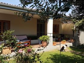 2 Bedroom House to rent in Parkhurst - Johannesburg