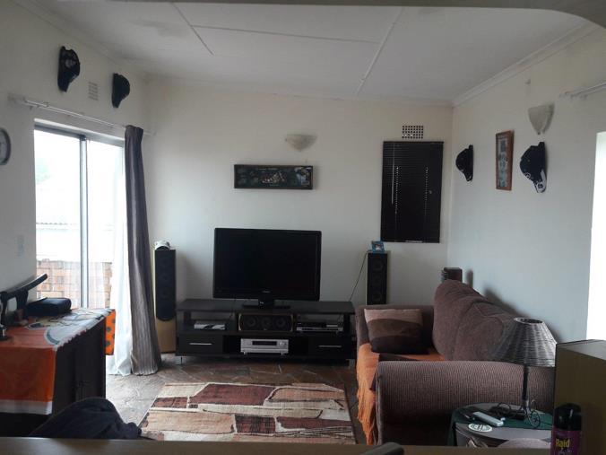 2 Bedroom Apartment Flat To Rent In Kidds Beach P24 106155284