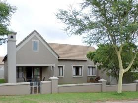 3 Bedroom Townhouse for sale in Boardwalk Meander - Pretoria