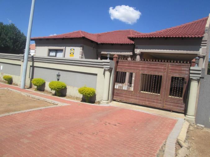 3 bedroom house for sale in mabopane p24 106205510 for Mokoena kitchen units mabopane