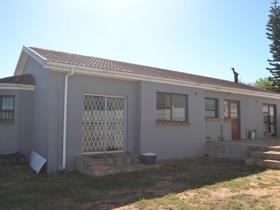 3 Bedroom House for sale in Durbanville Central - Durbanville