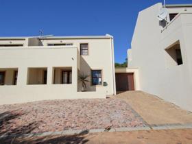 3 Bedroom House for sale in Welgevonden Estate - Stellenbosch