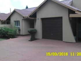 3 Bedroom House for sale in Kliprivier - Randvaal