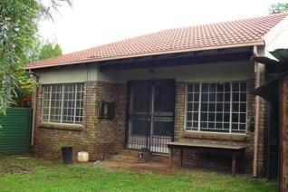 2 Bedroom Townhouse for sale in Montana Park - Pretoria