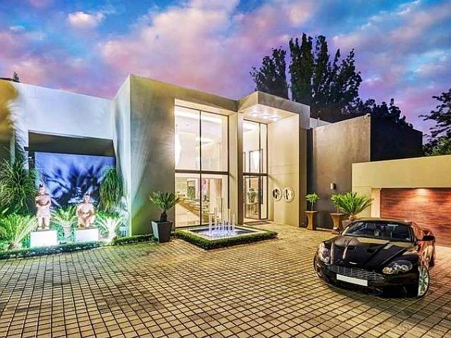 take a peek 7 of the most lavish homes for sale in sandton market rh property24 com lavish homes bankstown lavish homes for sale
