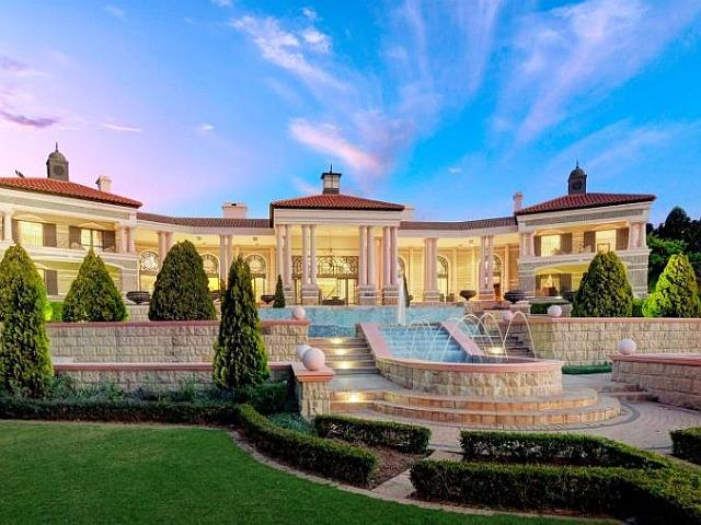 The Epitome Of Opulence In Sandhurst For R150 Million