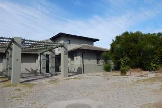 3 Bedroom Townhouse for sale in Hartenbos Landgoed - Hartenbos