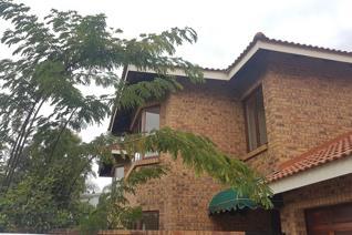 3 Bedroom House for sale in Silver Lakes Golf Estate - Pretoria