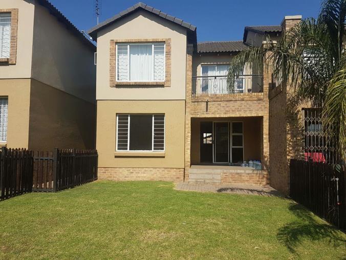 2 Bedroom Apartment / Flat To Rent In Reyno Ridge