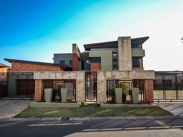 8 Over The Top Estate Homes In Joburg South You Won T Believe Market News News