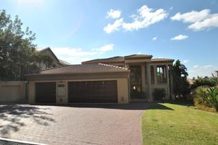 4 Bedroom House to rent in Featherbrooke Estate - Krugersdorp