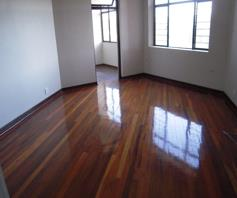 Apartment / Flat for sale in Amanzimtoti