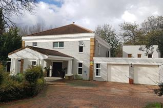 5 Bedroom House for sale in Golden Hill - Somerset West