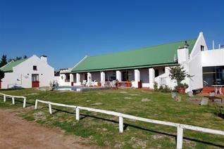 Self catering rustic guest farm situated 5km from Yzerfontein. It is one of 20 small farms which together are known as Jacobuskraal.  * ...
