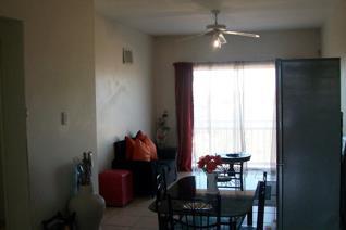 2 Bedroom Apartment / flat for sale in Empangeni Rail - Empangeni