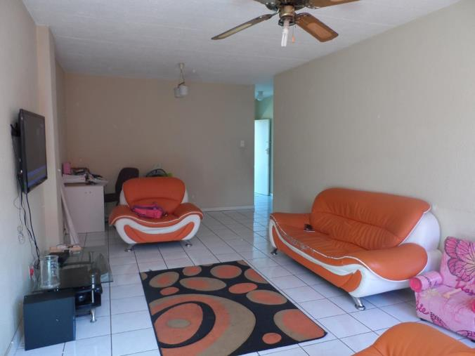 2 Bedroom Apartment Flat For Sale In Florida Von